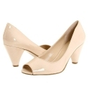 6pm: Nine West FallHard 裸色凉鞋
